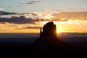 Monument Sunrise   OW-MV3